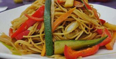 RECETA fideo al wok con verduras