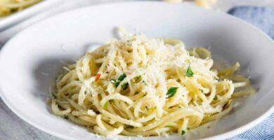 espagueti con ajo y aceite de oliva