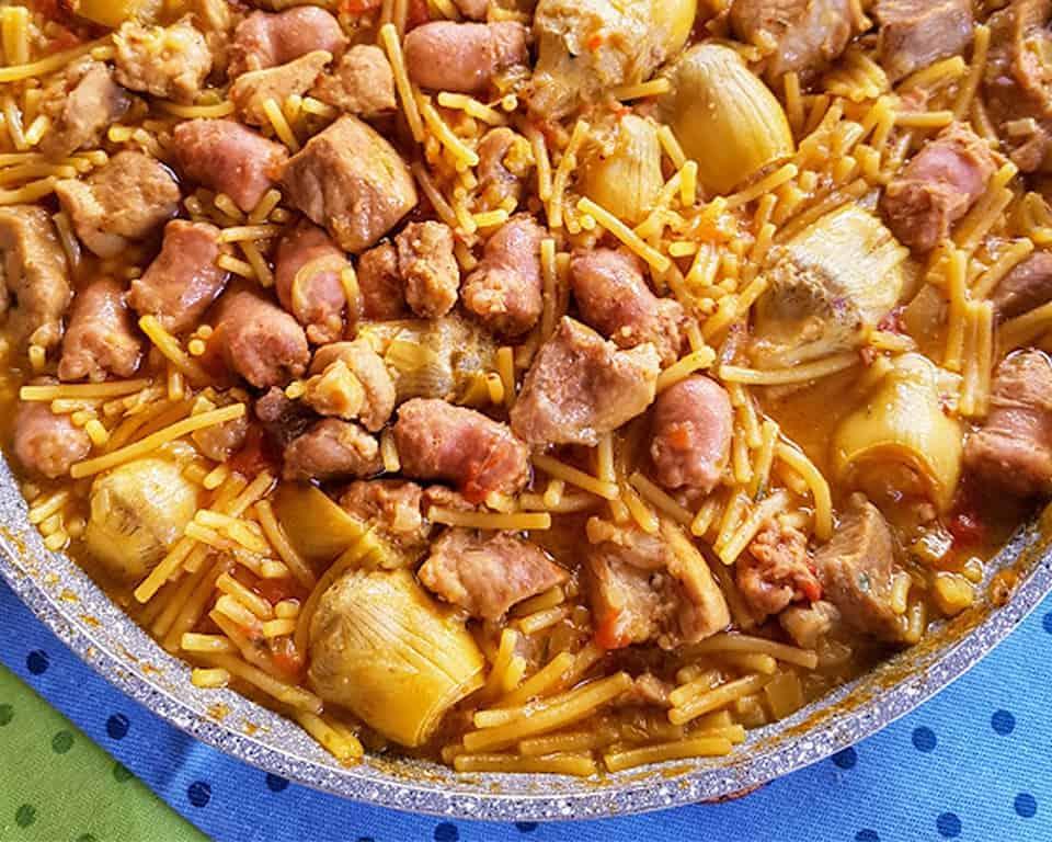 receta de fideos a la cazuela con salchichas
