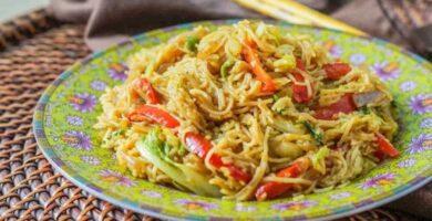 recetas de fideos al curry con verduras
