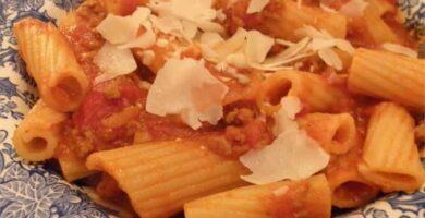 recetas de fideos caseros con salsa de bolonesa