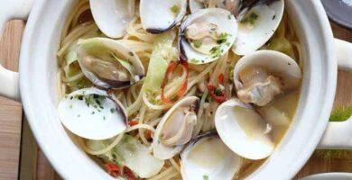recetas de sopa de fideos con almejas